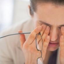 למה יש לנו עיגולים שחורים מתחת לעיניים?